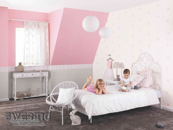 douce nuit s e nacht mit papiertapeten f rs baby und. Black Bedroom Furniture Sets. Home Design Ideas