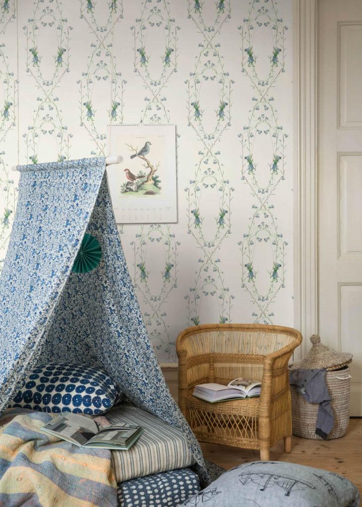 Borastapeter Scandinavian Designers Mini Elfen Blumenranken blau grün weiß BN/Voca Vliestapete Kinderzimmer